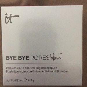 IT Bye Bye Pores Blush